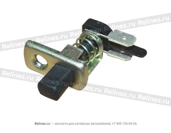 Концевик двери - A15-3751010