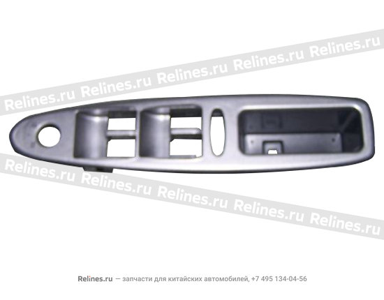 Панель под стеклоподемники водительской двери черная - A15-6102571DB