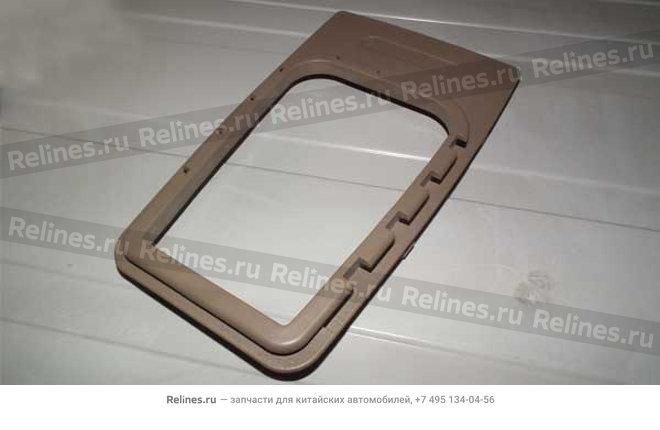 Панель консоли салона (пласт)