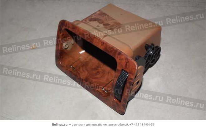 Дефлектор правый (дерево) - A15-5305260BD