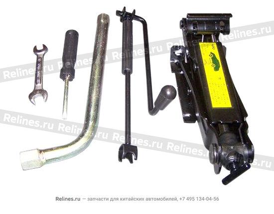 Домкрат и набор ключей - A11-3900010BA