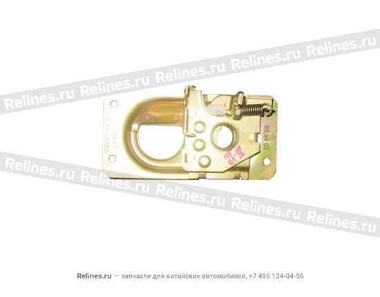 Engine cover lock - LWR