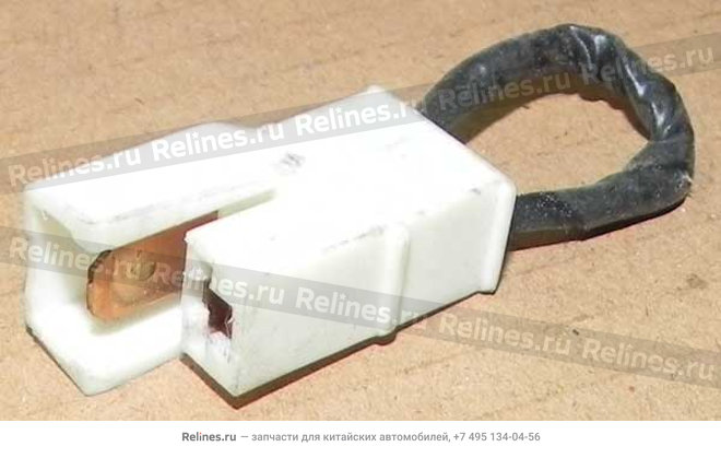 Connector - a/c temperature switch