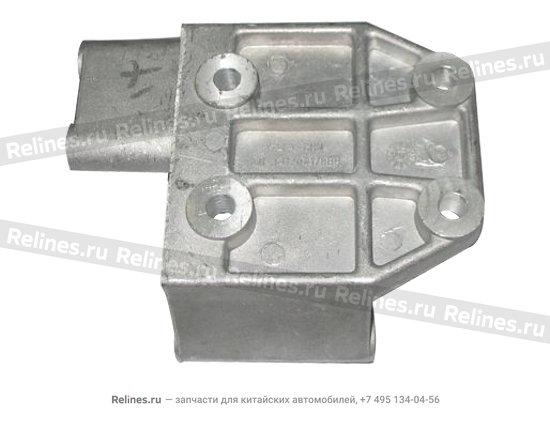 Кронштейн компрессора кондиционера - A11-3412041
