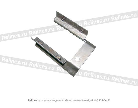 Bracket - handle box lower
